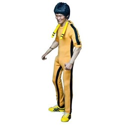 bruce_lee_real_masterpiece_collectible_figure_game_of_death_director_ver