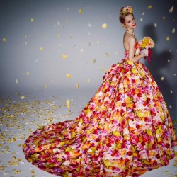 mika_ninagawa_wedding_dress