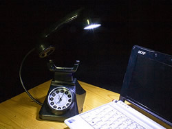 usb_retro_telephone_light_with_alarm_clock